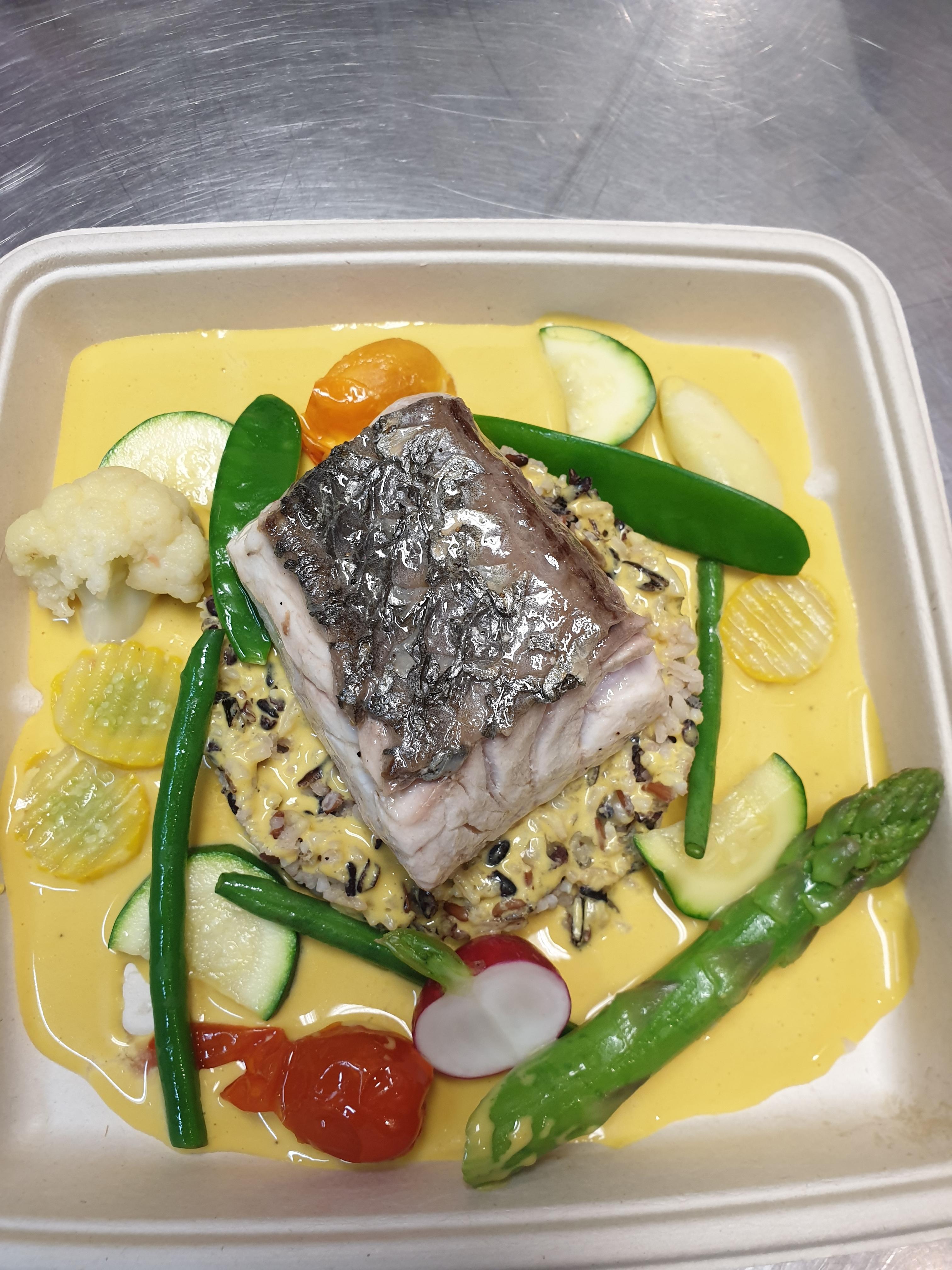 Notre poisson frais du jour suivant la saisonnalité sauce  bourride à la manière d'une soupe